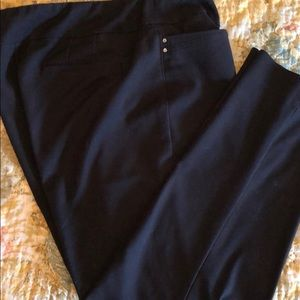Chico's Fabulously Slimming Pull on Pants 16 Black